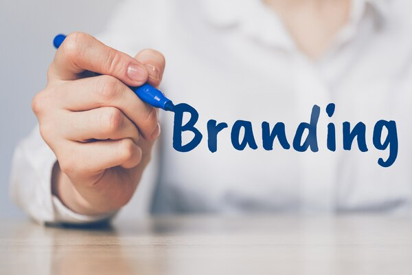 商標権活用によるブランド構築支援